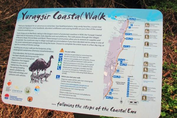 yuraygir-coastal-walk-sign-600x400